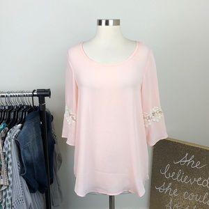 Rue 21 light pink cut out crochet top